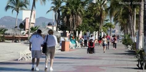 Malecón y Centro Histórico de la ciudad, zona libre de propaganda política, gracias a las empresas turísticas y a los acuerdos logrados con el Gobierno municipal y estatal, da a conocer Rosa Romero Vélez, directora general de la Asociación de Empresas Hoteleras y Turísticas de La Paz (EMPRHOTUR).
