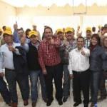 Reveló a los ganaderos que impulsado por el Gobierno de Felipe Calderón el proyecto albiazul busca el poder en Baja California Sur para servir como facilitador de inversionistas foráneos que en su afán de lograr millonarias utilidades no tendrían empacho en depredar el medio ambiente.