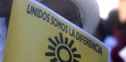 """Sigue la desbandada en el sol azteca. """"El PRD está al borde del precipicio"""": Alberto Ceseña"""