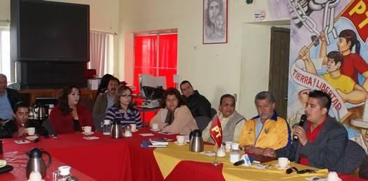 Sectores y organizaciones hacen a candidato firmar ante notario compromisos de campaña