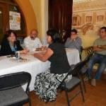En respuesta a los prestadores de servicios en la Playa Palmilla, la alcaldesa se comprometió a atender cada uno de los casos e investigar la situación y dentro de la competencia de la Administración municipal buscar la forma de apoyarlos en sus demandas.