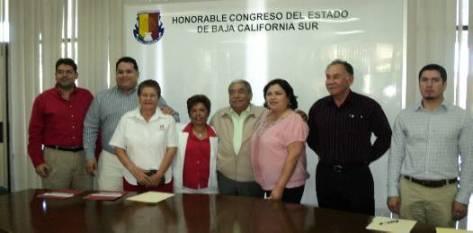 La fracción legislativa del PRI, conformada por Antonio Zavala, Juan Alberto Valdivia, Marisela Ayala y Axxel Sotelo; hizo pública su inasistencia a la toma de posesión de Marcos Covarrubias.