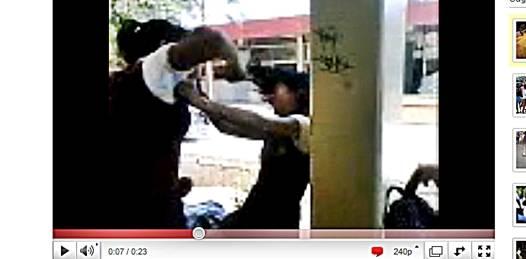 Mientras maestros y director de la Morelos pelean, los alumnos hacen su luchita en Youtube