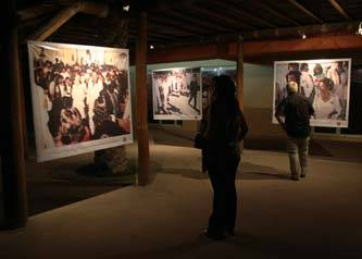 Con exposición fotográfica recuerdan la visita de Isabel II