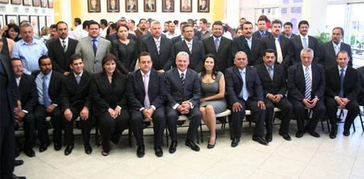 Presentó Marcos Covarrubias a su gabinete