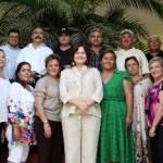 A unos días de dejar la silla presidencial en el Municipio de Los Cabos, la alcaldesa Mirna Xibillé de la Puente, realizó un recorrido de agradecimiento y reconocimiento por las demarcaciones municipales, especialmente con la gente que durante nueve meses, se sometieron a la dinámica de trabajo impuesta por la presidenta.