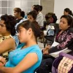 La tasa específica de de fecundidad adolescente 2006-2008 para el estado de BCS es de 77.3 hijos por cada 100,000 adolescentes (8.9 puntos por encima de la media nacional) según los estudios de dinámica poblacional del Consejo Nacional para la Población publicados en 2009.