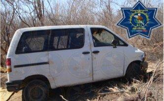 Recuperan vehículo con reporte de robo en la colonia Olas Altas