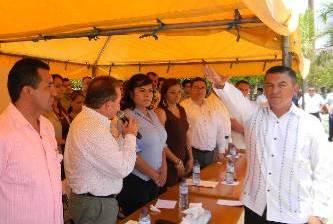 En Santiago, exige Joel Cota Ruíz el retiro de funcionarios sin vocación de servicio