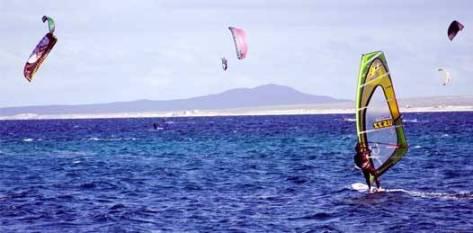 El municipio se concentrará en incentivar actividades como kayak, canotaje, remo, surf, windsurf y otras más. Ito Larios confía en, de esta manera, darle vida a El Sargento, La Ventana y Los Barriles.