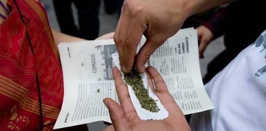 Depuración de custodios para evitar el tráfico de drogas en los penales