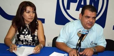 """""""Esta inversión a la educación es señal de éxito y por supuesto que lo tenemos que publicitar y lo tenemos que dar a conocer"""" dijo y agregando que """"lo hecho por los gobierno del PAN está bien hecho"""", dijo la secretaria del partido María Guadalupe Saldaña Cisneros."""