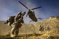 Derriban helicóptero en Afganistán: 38 muertos, 30 soldados de EU