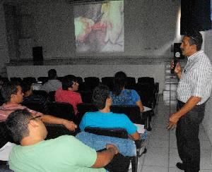 """La UABCS y el Colegio de Médicos Veterinarios Zootecnistas impartieron el Curso """"Medicina Preventiva y Manejo en Equinos"""", en el marco del Día del Médico Veterinario Zootecnista."""