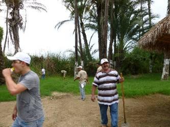 Se suman más de 500 personas a limpiar el Estero