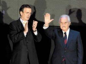 Para Carlos Fuentes, Ebrard es la mejor opción de la izquierda para 2012