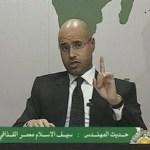 El hijo de Gaddafi dijo que el conflicto seguirá hasta que los rebeldes sean eliminados, más allá de si la OTAN pone fin a sus bombardeos o no, lo que deja poco espacio para que la diplomacia busque una salida a una guerra que ha provocado miles de muertos y dividido al país productor de petróleo.