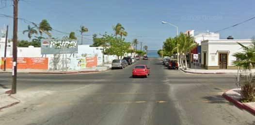 Quitarán los 4 altos de la calle Morelos en el centro de La Paz