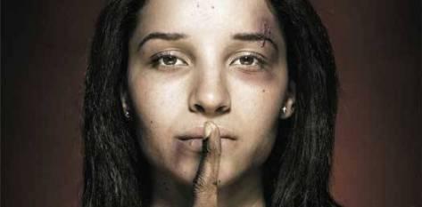 Este martes 25 de noviembre, en el kiosco del malecón, se lanzará un pronunciamiento en contra de la violencia hacia la mujer. Dependencias estatales, municipales y organismos de la sociedad civil encabezarán esta manifestación que reprueba la violencia de género.