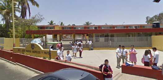 Abren la secundaria Morelos, regresa el director
