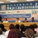 La presidenta del Sedif, María Helena Hernández de Covarrubias, en compañía de la directora general de Transversalización de la Perspectiva de Género del Inmujeres, Victoriana Jiménez Jacinto presidió la instalación del Sistema Estatal para la Igualdad entre Mujeres y Hombres en Baja California Sur.