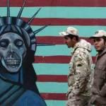 """""""El Irán islámico es muy fuerte en este momento y está preparado para mostrar a Estados Unidos lo que significa una auténtica guerra, si lleva a cabo un acto de locura contra Irán"""", dijo Vahidi ante una multitud de Voluntarios Islámicos (Basij) en la ciudad meridional de Bushehr, informaron los medios locales."""