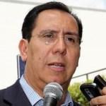 Juan Marcos Gutiérrez es licenciado en Derecho por la Universidad Autónoma de Baja California, cuenta además con estudios de en derecho constitucional, derecho fiscal y financiero, federalismo y derecho municipal en instituciones de México y el extranjero.