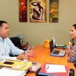 Con esta reunión, sostenida entre la presidenta del Sistema Estatal DIF y el Diputado Omar Zavala, se reafirman los lazos de trabajo con el Congreso del Estado, y se apoyan y respaldan las acciones que buscan la seguridad y unión de las familias sudcalifornianas.