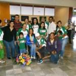 Jazmith Bataz hizo evidente su emoción por la recepción que se le dio en esta ciudad, en la que estuvieron sus familiares con pancartas que contenían mensajes escritos de felicitación por sus resultados en el evento deportivos de Guadalajara.