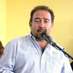El Presidente municipal de Los Cabos, Antonio Agúndez Montaño, envió su mensaje a la ciudadanía que en estas fiestas decembrinas, reine el amor y la armonía en todos los hogares cabeños y que todos sus propósitos para el 2012 se cumplan.