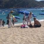 """La regidora Emilia Vega anunció: """"Estamos revisando todas las concesiones y vendedores en las playas""""."""