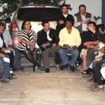 Martín Lagarda y colaboradores, se reunió con los vecinos del fraccionamiento Arcoiris.