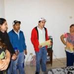 El bombero José Francisco Espinoza, sigue recibiendo ayuda de la ciudadanía.