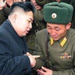 En los meses recientes, Washington y Pyongyang han celebrado negociaciones tranquilas y estaban a punto de llegar a acuerdos sobre la reanudación de la ayuda alimentaria estadunidense cuando Kim murió.