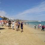 Para certificar la playa El Médano, el Sector Salud realiza monitoreo del agua del mar.