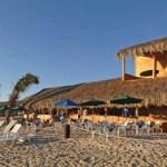 """La empresa Casa Door S.A., de Tony Córdoba, ubicada en la playa Los Cerritos, tiene un adeudo """"millonario"""" con la Zona Federal Marítimo Terrestre (ZOFEMAT) de La Paz, acumulado """"desde hace varios años""""."""