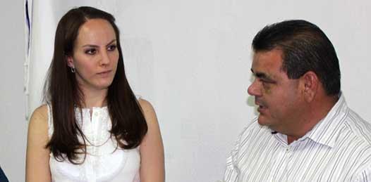 Que no roban espacios a blanquiazules de BCS las candidaturas de Gabriela Cuevas y César Nava