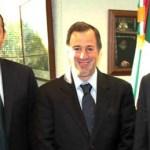 En esta reunión, el mandatario estatal y su tesorero solicitaron el apoyo del Gobierno Federal y de la Secretaría de Hacienda para continuar trabajando juntos en este 2012.