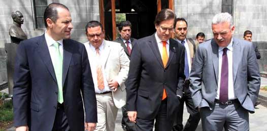 Tendrá Comondú nuevo hospital anuncia Marcos Covarrubias