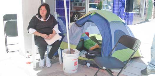 "No abandonará panista huelga de hambre hasta que ""bajen"" candidatura de De La Rosa"