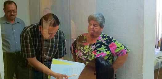 Visita funcionario acusado por peculado las instalaciones del Gobierno  Estatal