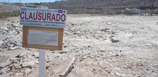 Clausura PROFEPA tiradero de escombro en sitio protegido