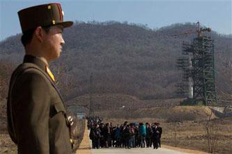 Alista Norcorea lanzamiento de cohete