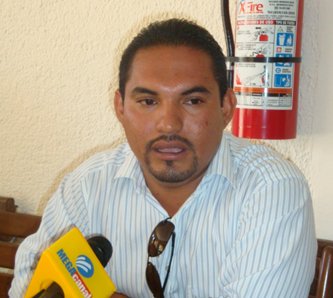 Anuncia su salida del PRI  el dirigente de Lucha Social Democrática, A. C.
