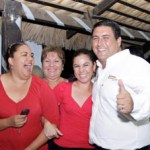 Ricardo Barroso se reunió con personal médico y administrativo del ISSSTE.