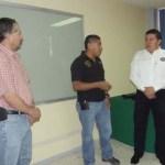El Rector de la UABCS inauguró un curso de capacitación, dirigido al personal de seguridad y vigilancia de la UABCS, el pasado sábado 12 de mayo de 2012, impartido por el comandante Édgar Márquez López.
