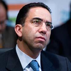 Jamás se dignó en poner un pie en un solo evento, mitin, acto o campaña de Josefina Vázquez Mota, acusa Javier Lozano, vocero panista.