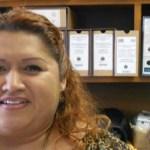 """Este 23 y 24 de junio, se prevé que 1,677 profesores, """"que están dentro de carrera magisterial"""", en Baja California Sur (BCS), realicen la Evaluación Universal, así lo dio a conocer Luz América Guzmán Rodríguez, jefa del Departamento de Evaluación y Seguimiento de la Secretaría de Educación Pública (SEP) en la entidad."""