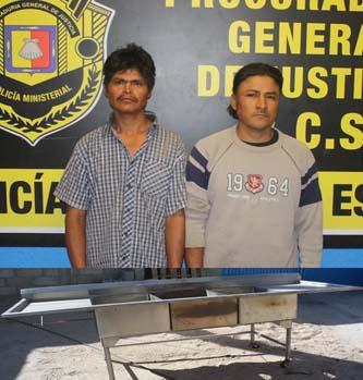 Con asador robado sorprendieron a Lucilo y Miguel Angel