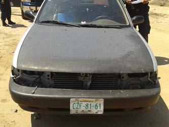 Elementos de la Policía Estatal Preventiva, adscritos a la Unidad de Reacción Inmediata recuperaron un vehículo Nissan Tsuru a menos de 24 horas de haber sido robado.